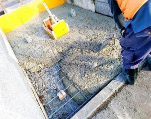 生コンクリート充填
